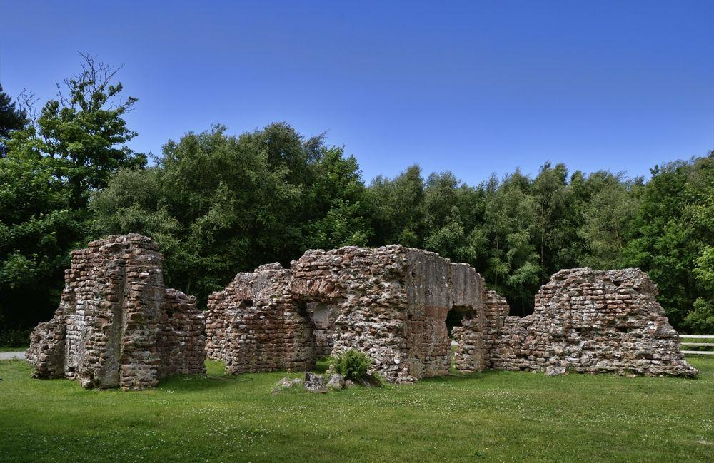Visit Ravenglass Roman Bath House